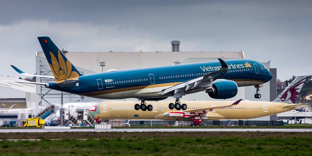 VN-A892 - A359 - Vietnam Airlines