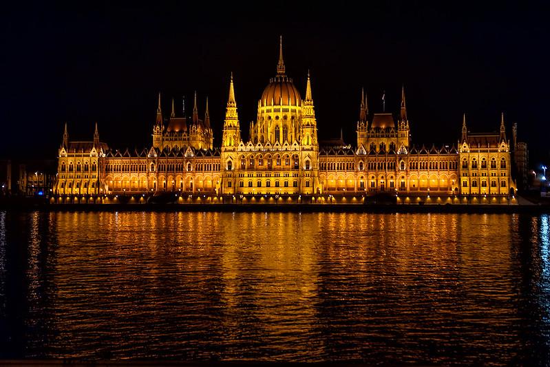 BUDAPEST @ NIGHT