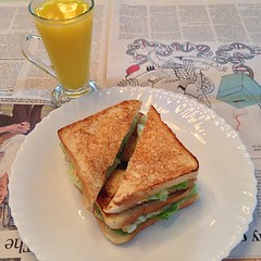 #cucumber #tuna #salad #sandwich and #orange #juice for #lunch . i need to get better bread than this.