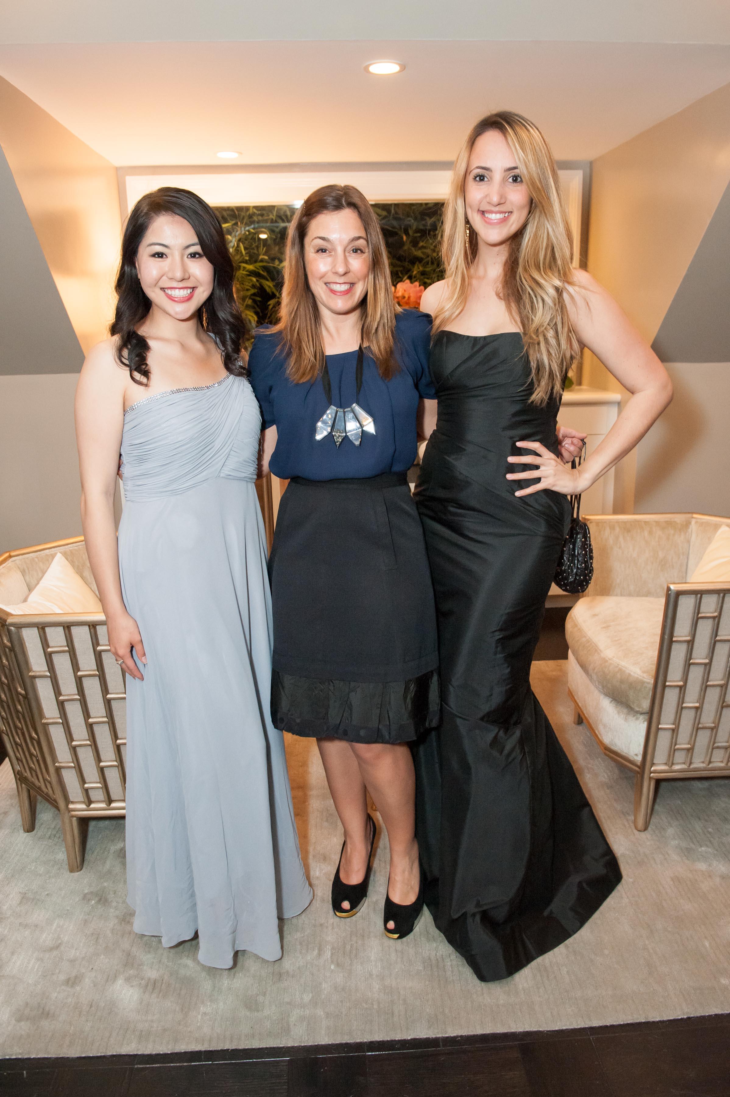 Karen Villanueva, Kendra Reichenau, Julia Marinho