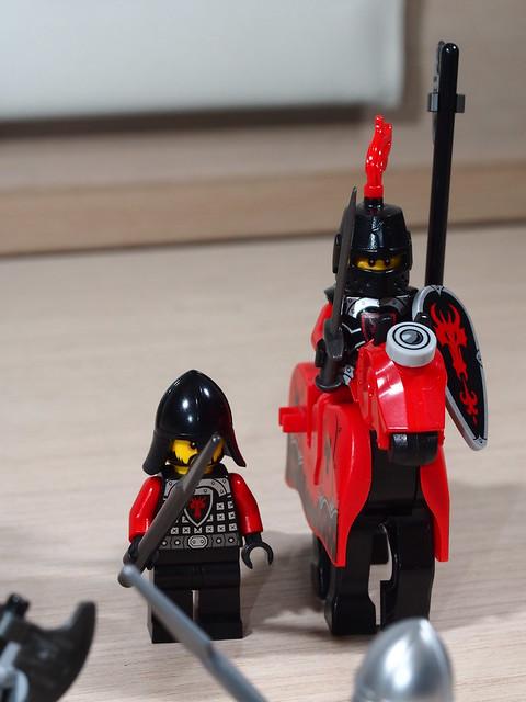 P9205585 LEGO 70402