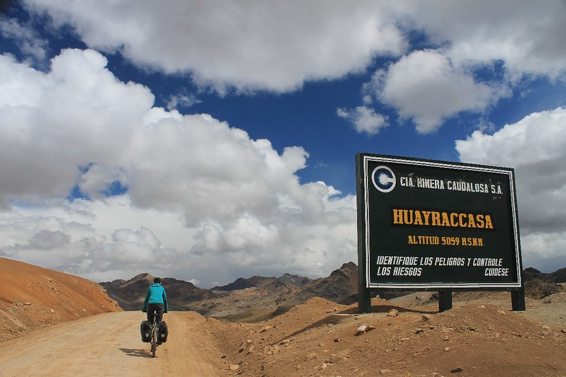 Abra Huayraccasa - my GPS said 4,976m