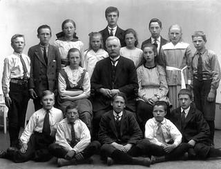 Avgangklasse Byåsen skole (1920)