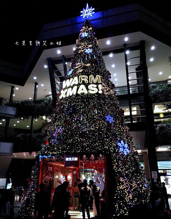 7 新光三越聖誕樹