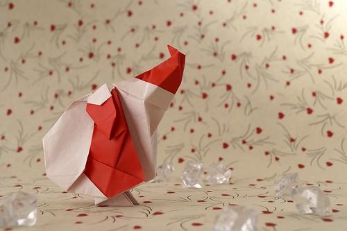 Origami Santa (Ryo Aoki)