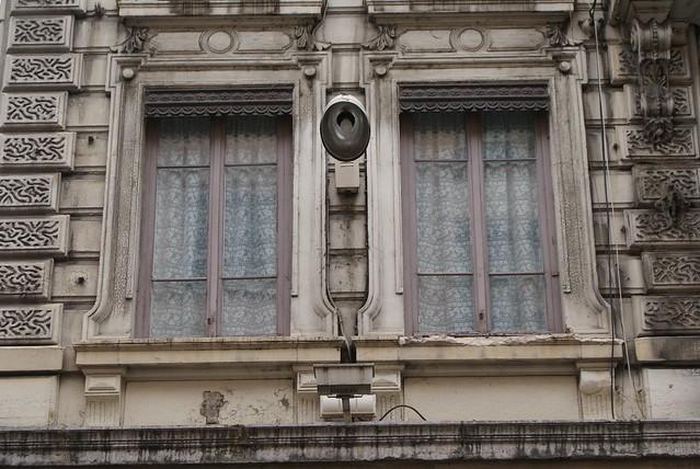 Fênetres lugubres à Lyon