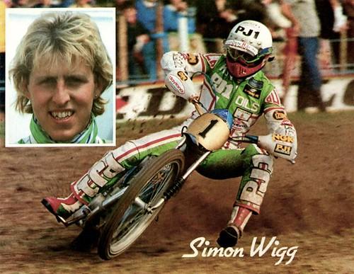 116- Simon Wigg (Postcard)