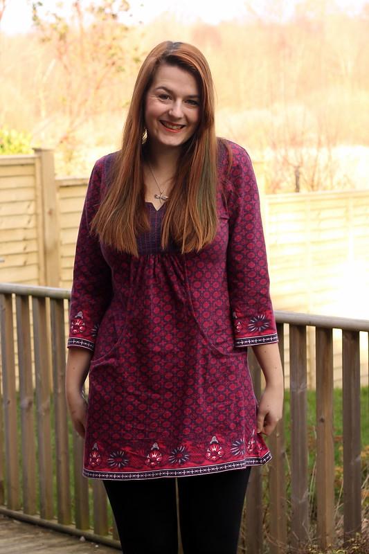 uk fashion blogs, tunic top, leggings