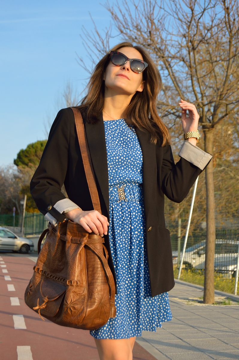 lara-vazquez-madlulablog-fashion-blue-dress-outfit