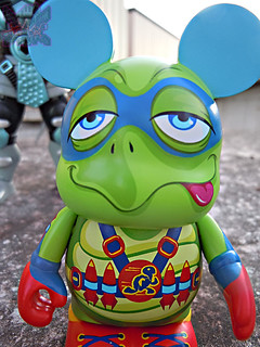 "Vinylmation ZOOPER HEROES :: 'ZIPPY THE ROCKET TURTLE' - DISNEY VINYL 3"" iii ((  2013 ))"