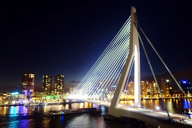 Rotterdam Erasmus Bridge by night