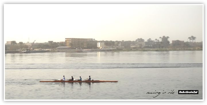 Mesir - Rowing in Nile
