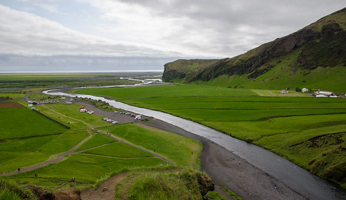 ocean travel people green cars water clouds landscape waterfall iceland nikon stream day parking gray lot sigma valley fields dslr 1770 distant skógafoss d7000