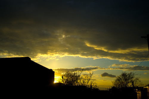 roof sunset sky urban cloud sun canada clouds spring pentax cloudy quebec montreal roofs mileend numeric k5ii
