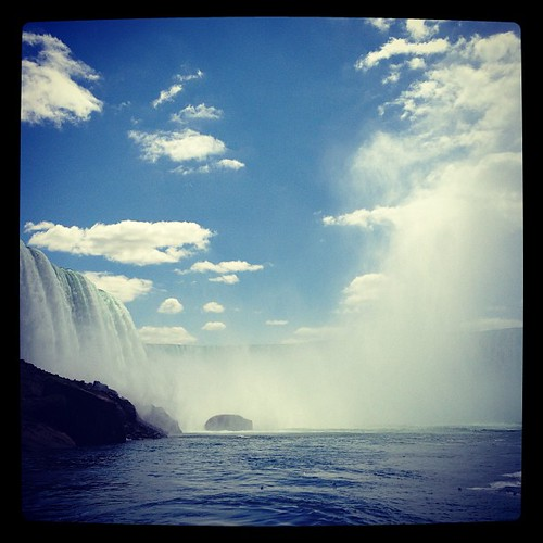 #horseshoefalls at #niagarafalls US. Mist, water, action! Gorgeous scenery. #Nature at its finest. Makes me appreciate life!