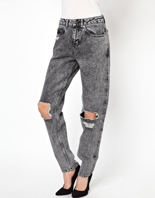 mom jeans rajados