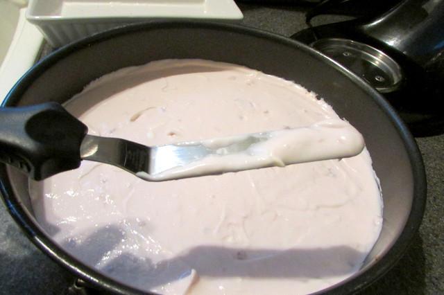 Yopa Strawberry Cheesecake Greek Yogurt & No Bake Cheesecake