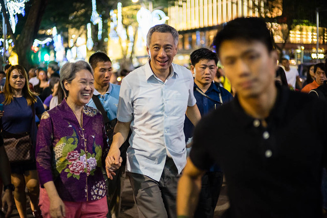 The A7 met the prime minister of Singapore and his wife strolling down Orchard Road in an impromptu visit.
