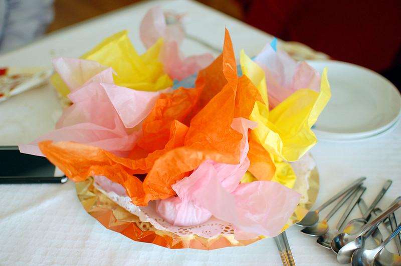 bombas de chocolate y almendra envueltas en papel de seda