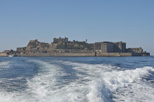 【写真】離島めぐり : 軍艦島遠景・復路