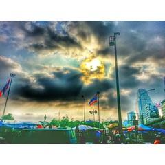 อรุณสวัสดิ์ ประเทศไทย #สวนลุม #เวทีกปปส #ลุมพินี #rally #site  #lumpini #park  #morning #Bangkok #Thailand