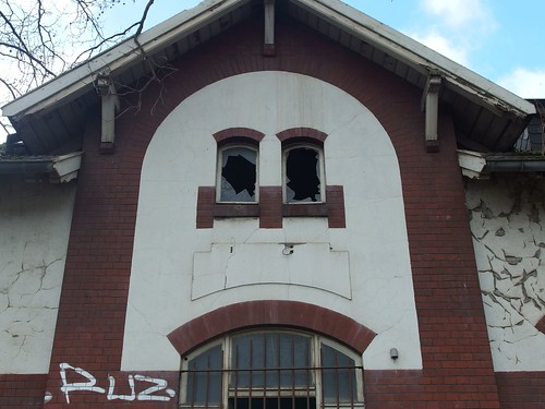 Found Abandoned Face