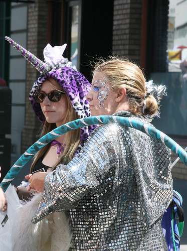 Unicorn and Glitter Girl Photo by Sherrie Thai of ShaireProductions.com