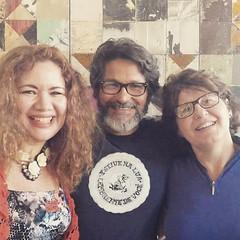 E aqui estamos em dia de celebração e alegria, eu, Raimundo Rodríguez e a aniversariante Janete ! #BlogAuroradeCinemafesteja
