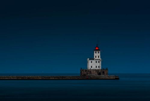 longexposure lighthouse lake water wisconsin night unitedstates historic lakemichigan milwaukee milwaukeebreakwaterlighthouse