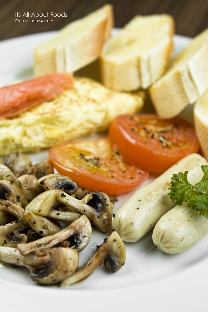 swiss-salmon-omelette-the-journey-cafe
