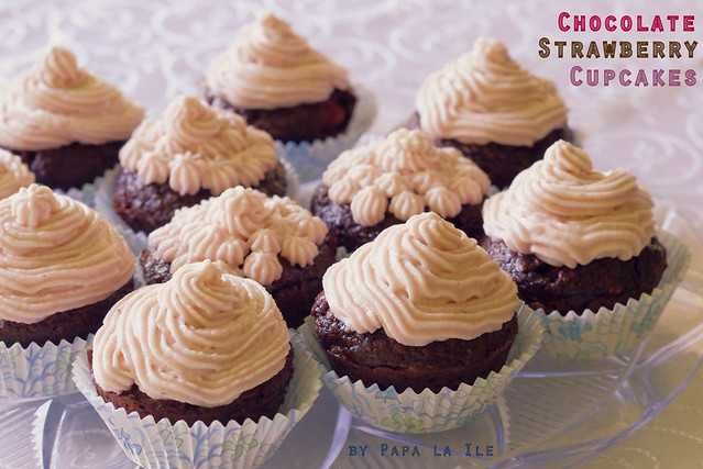 Chocolate strawberry cupcakes (6)