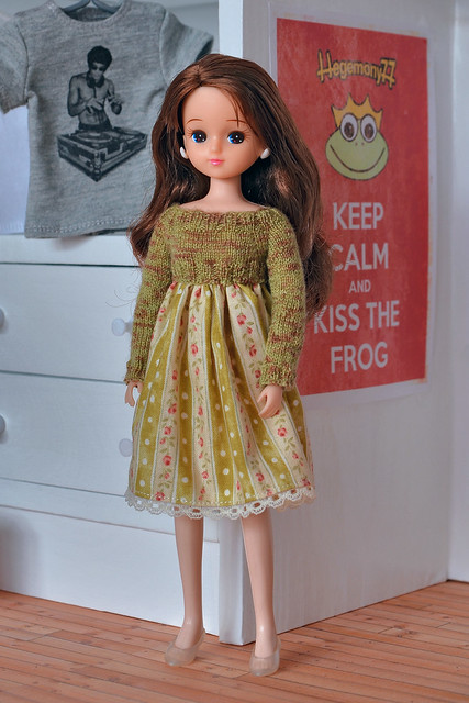 Licca chan doll and handmade doll dress - I received these as gifts from one of my amazing dolly friends