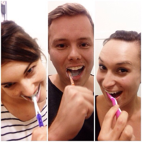 Toothbrushing party with @kimmberleyann and @katchorley.  So excited to have these two in town. Happy Thursday!