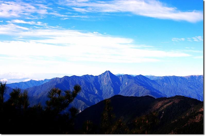 新康山(From 馬西山南眺) 3