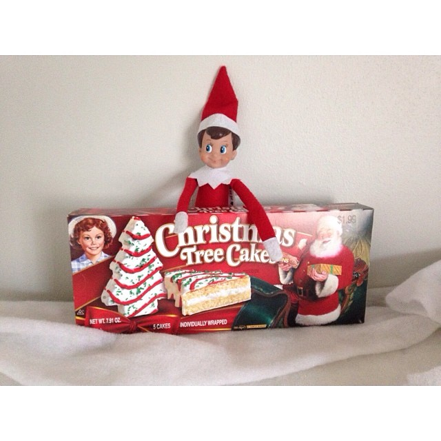 Snowball brought treats! #elfontheshelf #snowballtheelf