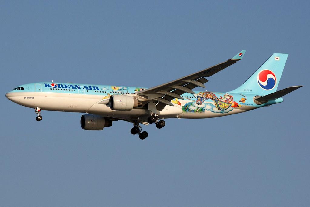 HL8211 - A332 - Korean Air