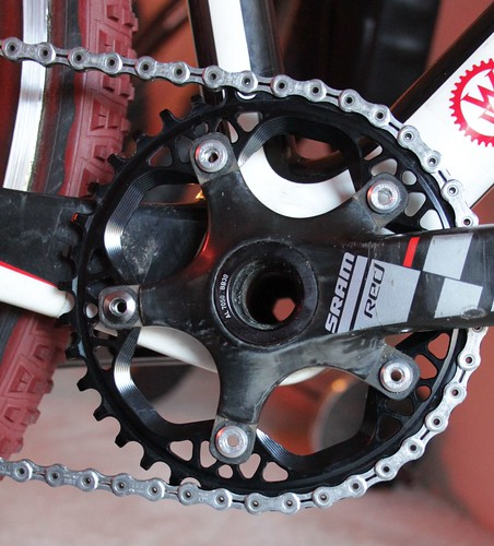 AbsoluteBLACK 38T x 110mm CX chainring