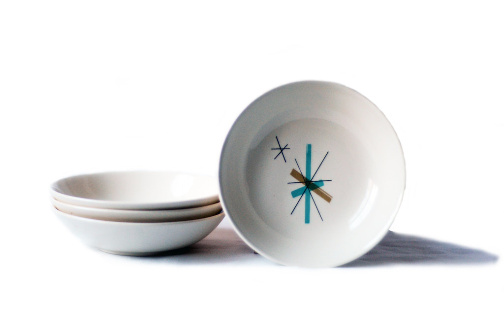 Four Vintage North Star Dessert Bowls