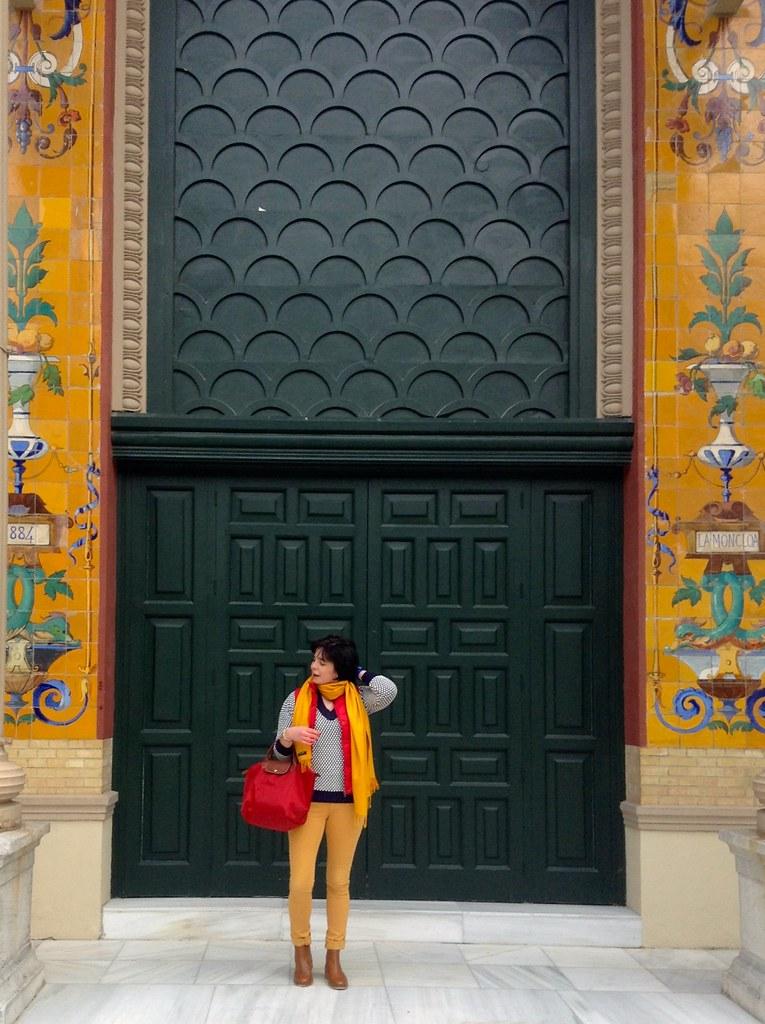 Palacio de Velázquez - Parque del Buen Retiro - Madrid - España: Outfit of the Day (OOTD)