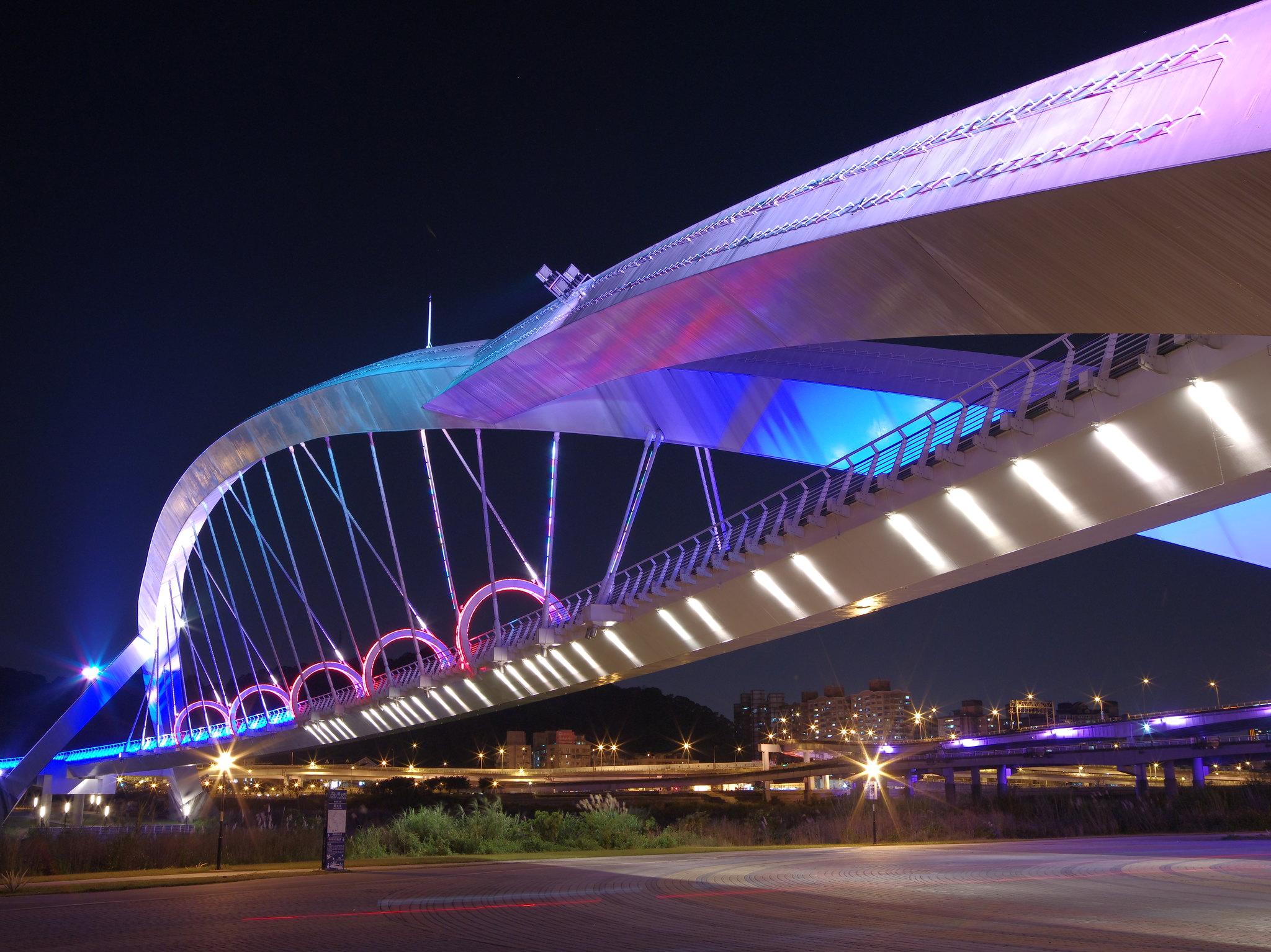 新店陽光橋  by Pentax 645D