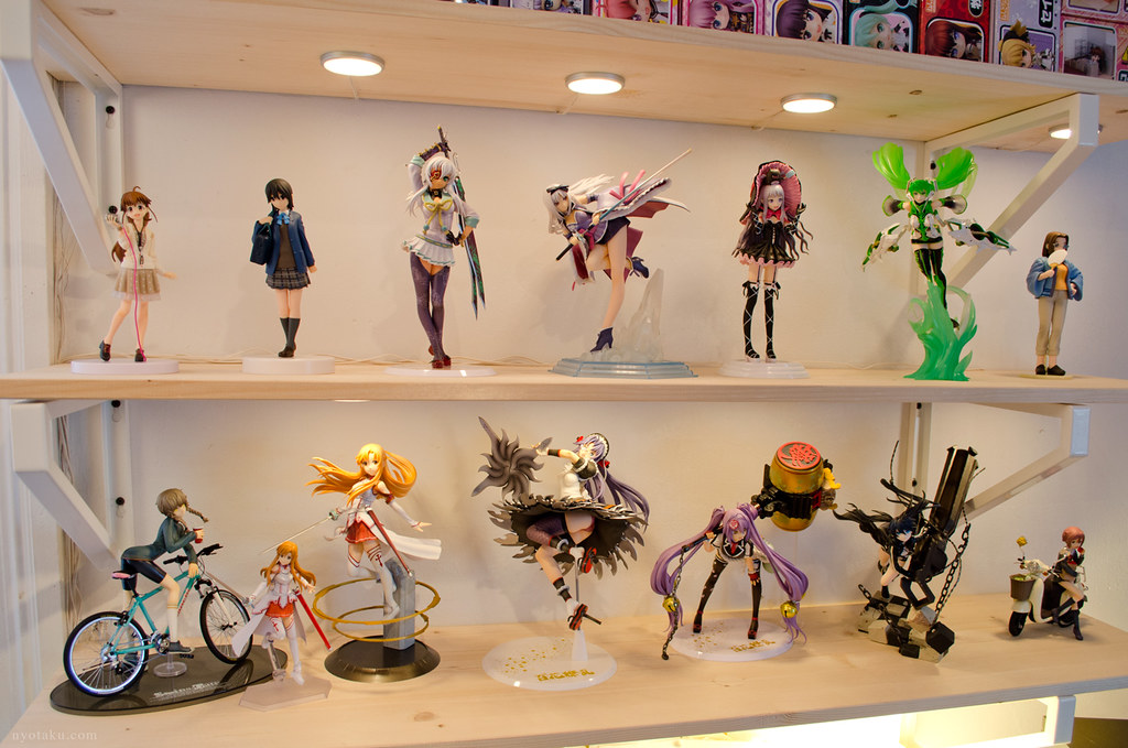 Figure shelves
