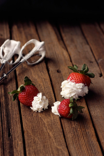 How-to Make Whipped Coconut Cream - Step-By-Step Tutorial