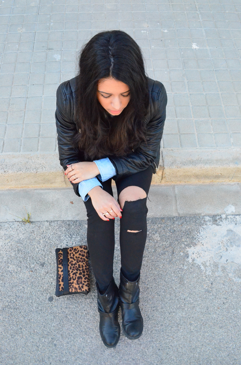 florenciablog look rocker broken jeans inspiration leopard clutch stradivarius how to wear broken jeans (14)