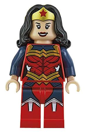 Exclusive Wonder Woman Minifigure 1