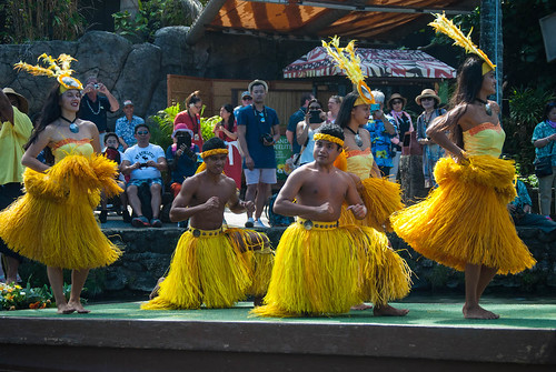 Tahitian Female Dancers Tell Stories With Their Hips
