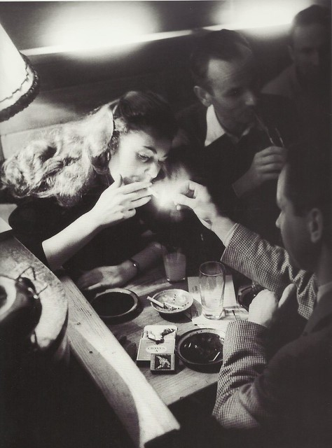 Willy Ronis- Boîte de nuit, Paris, 1952