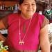 Mujer en su puesto del mercado, San Mateo del Mar, Región Istmo, Oaxaca, Mexico por Lon&Queta