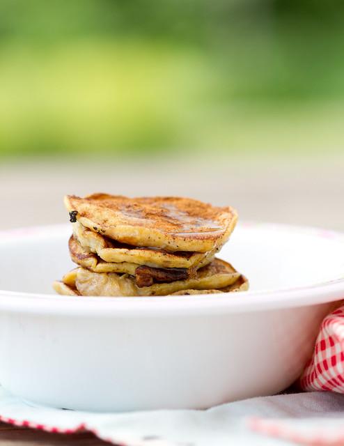 Gluteenivabad banaanipannkoogid. 2-ingredient pancakes (gluten-free; bananas+eggs)