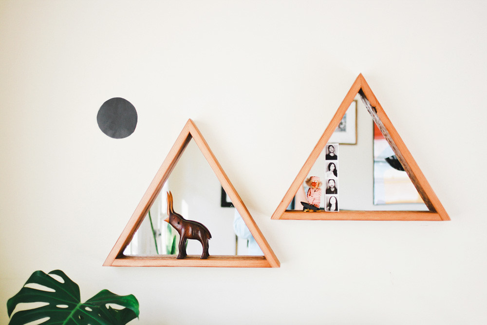 MADE FOR EACH OTHER : TRIANGLE RECLAIMED WOOD MIRROR