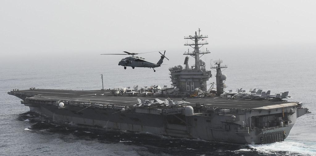 USS NIMITZ (CVN 68)_130626-N-TI017-282